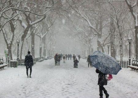احتمال بروز پیک زمستانی ویروس کرونا/ استانهای شمالی وارد موج چهارم شدهاند؟