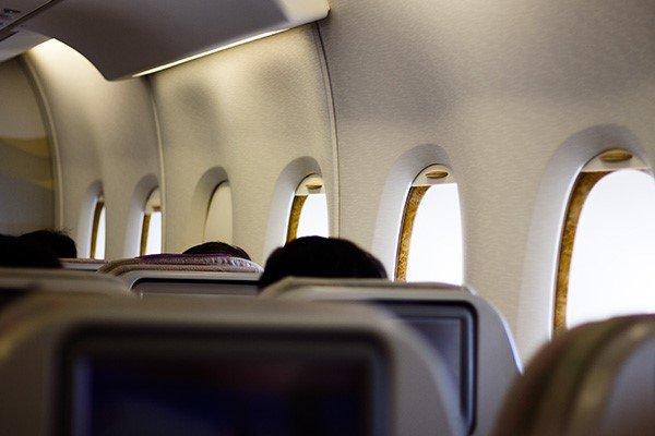 فاصلهگذاری اجتماعی در پروازها برای ایرلاینها صرفه ندارد