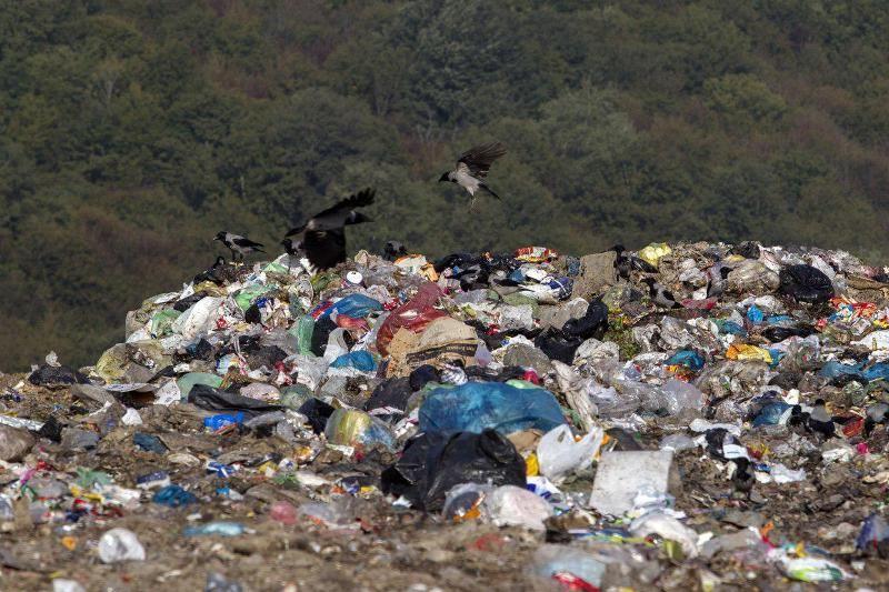 مشکلات زیست محیطی سراوان به قوت خود باقیست